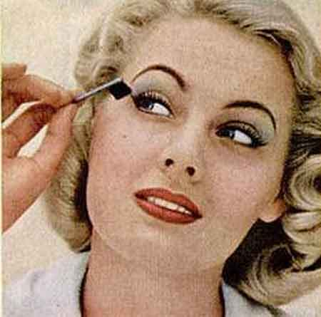 1950s-Eye-makeup-glamour-tips-mascara