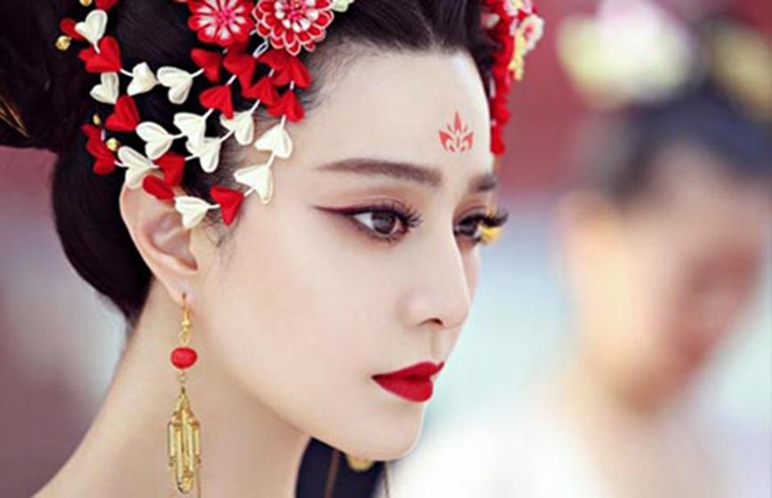 Chinese girl on valentine