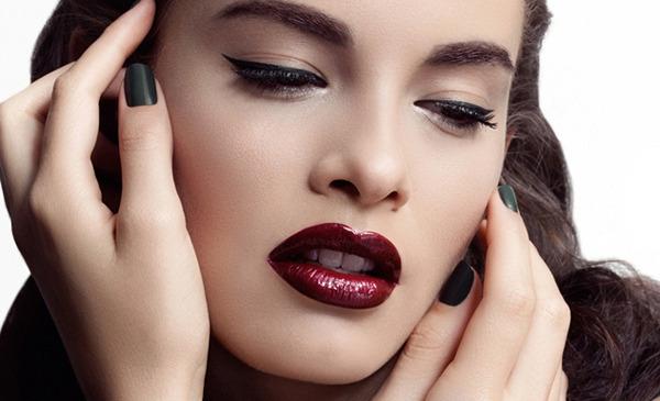 dark-lipstick-full lipstick