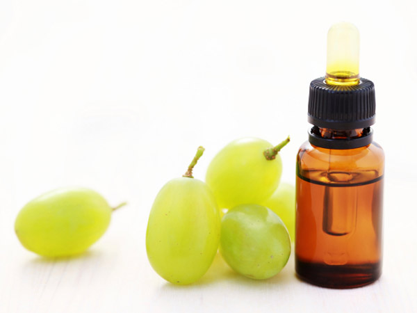 grape-seed-oil1