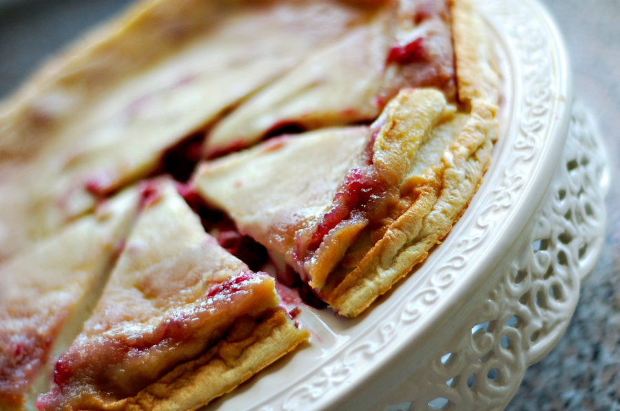 sour-cherry-puff-pancake